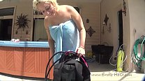 Scarlett's Scuba Gear Instruction