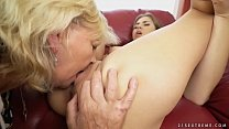 9139 Saggy titted granny licking young pussy preview