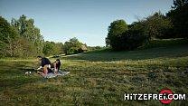 HITZEFREI Busty German MILF Jacky Lawless Ass Fucked Outdoors Vorschaubild
