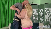 Hot blonde plumper Sasha Juggs uses her huge ti...