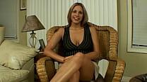 Amateur naked babe huge natural tits