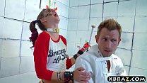 Psycho Riley Reid bangs her doctor who is in a straitjacket缩略图
