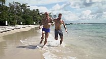 GAYWIRE - Trevor Laster Gets A Good Pump On The Beach With Help From Wesley Woods