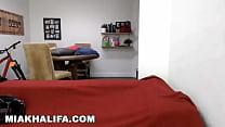 Mia Khalifa - Behind The Scenes Blooper (Can You See Me?) Vorschaubild