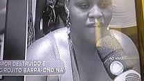 Sósia de Jojo todynho pagando peitão na Bahia.