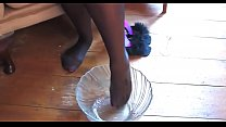 crazyamateurgirls.com - Champagne & Feet - craz...