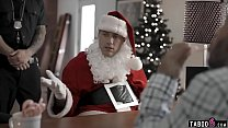 Bad Santa fucks teen Emily Willis who still bel...