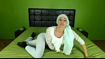 Hot Arab Hijab girl twerking her ass on cam - See more at EliteArabCams.com