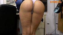 Hot ass woman screwed at the pawnshop