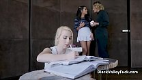 Bffs crush seduced by black teen pussy