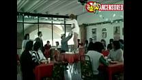 Michelle Mayer Nuda (~30 Anni) In Pancho El Sancho Waitress Strip