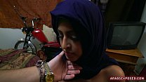 9019 Hijab girl on her knees for cock preview