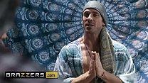 Dirty Masseur - (Karma Rx, Johnny Sins) - Humping My Chakras - Brazzers