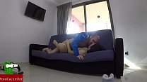 She paints her nails and then fuck on the sofa.SAN51缩略图