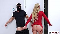 Phoenix Marie In Busty Housewife Hit Cock Robber