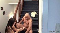 Stief-Vater fickt sie wenn Mutti auf Arbeit ist Vorschaubild