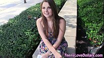 Teen amateur gets creamed