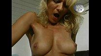 JuliaReaves-XFree - Haussauen Report - scene 1 ... thumb