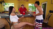 Latina Holly Hendrix outdoor anal fucking scene