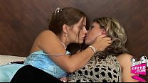 Lesbian desires 0828