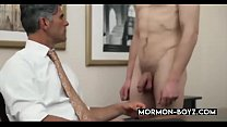 Bear Boss Bangs Young Stud In His Office And Cums In Him - MORMON-BOYZ.COM
