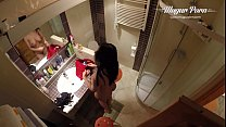 Kira Queen BACKSTAGE in the bathroom  getting r...