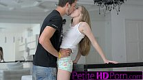 Download video bokep Extra small young Russian's first facial 3gp terbaru