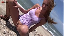 Eroberlin Gilda Roberts danish beach bikini masturbating pissing skinny video