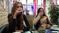 Les soeurs jumelles Dellai se tapent un gros veinard ⁃ Big booty nudes thumbnail