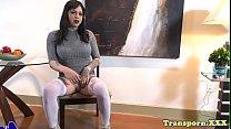 Trans beauty masturbates in stockings
