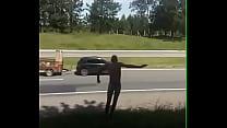 Novinho de pal duro na rua