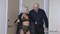 Submissive MILF ready to serve as a welcome gift