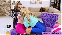 Big boobs momma make out with sexy teen babe on the couch thumbnail