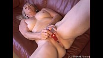 10205 Super sexy older lady plays with her juicy pussy for you preview