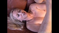 Super sexy older lady plays with her juicy pussy for you Vorschaubild