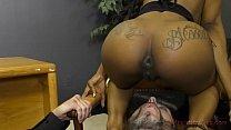 xxx video dotkom - Ebony secretary makes her boss lick her asshole thumbnail