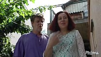 Rebecca et son mari veulent faire une scène porno