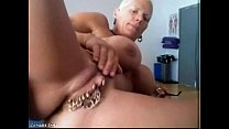Bysty MILF Heather with 15 piercing rings in he...