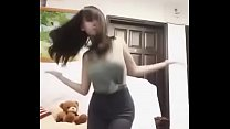 Huyền Anh nhảy sexy theo nhạc chuông iPhone remix