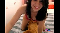 Girl Gives Her Dog Blow Job - Chattercams.net Vorschaubild