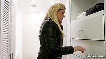 Bf bangs gf and anal fucks her step mom pornhub video