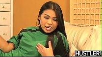 Sporty Asian Cindy Starfall Fondles Crotch Before Scissoring