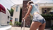 Free download video bokep Helping the helpless - Melissa Moore