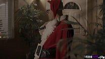Secret Santa Derrick Pierce wants to revenge his neighbor so he plan to fuck his neighbors virgin dauther Emily Wiliis.