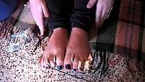 Eating while Sniffing Stinky Feet (Fetish Obsession & Simply Disgusting)