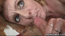 She helps her son-in-law cum and gets busted Vorschaubild