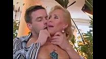 Free download video bokep Mature woman and young man 69