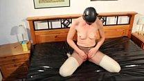 Masked Milf Masturbating
