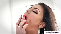 Jessica Jaymes show you her big boobs and wet p...