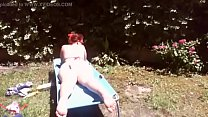 Video voyeur ragazza cicciottella ha un grosso diaper in giardino pornhub video
